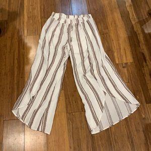 Flowy Open-leg pants